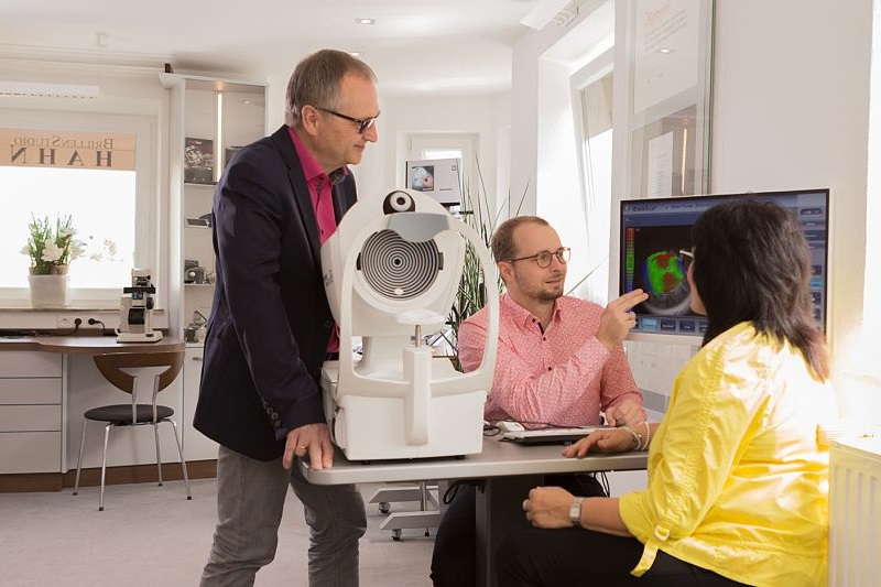 Fundus Analyse im Brillenstudio Hahn