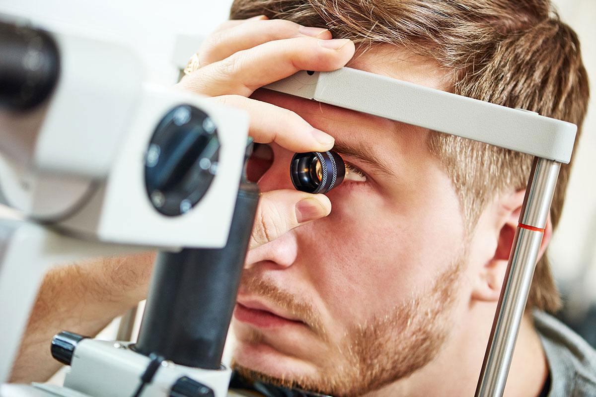 Myopiekontrolle im Brillenstudio Hahn